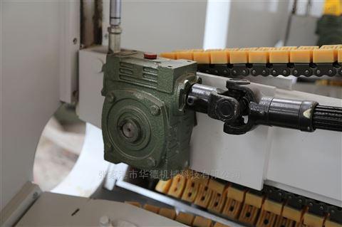 多爪式自动牵引机
