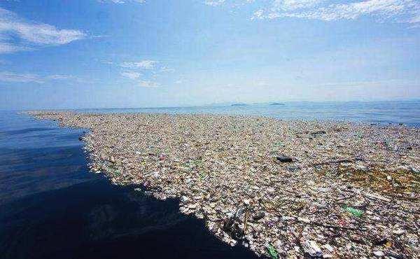 塑料污染趋于严峻 治理需要各界合力